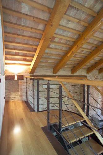 Vieni nella nostra officina a venezia eseguiamo lavori for Case in legno e acciaio